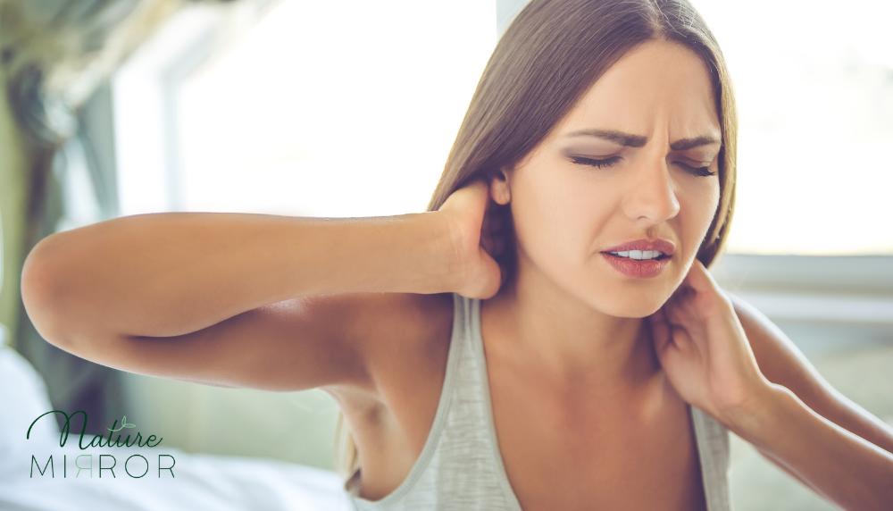 Nyaki fájdalom: mitől alakulhat ki a nyaki fájdalom és hogyan kezelheted?